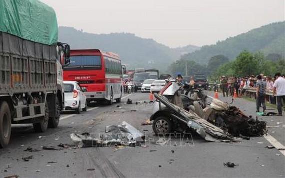 一起嚴重交通事故現場。(圖源: 越通社)
