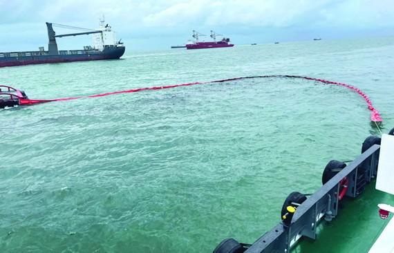 巴地-頭頓省緊急處理海上溢油事故