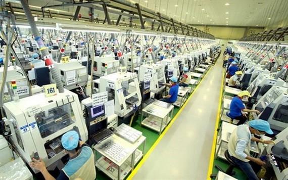 Bokwang Vina 公司的電子零件生產線一隅。(圖源: VNA)