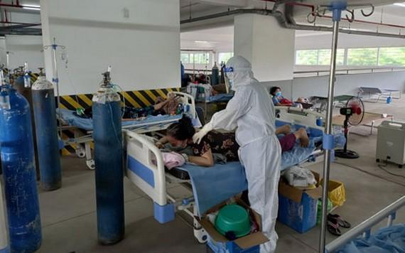病人正在守德市環美新冠肺炎治療醫院接受治療。