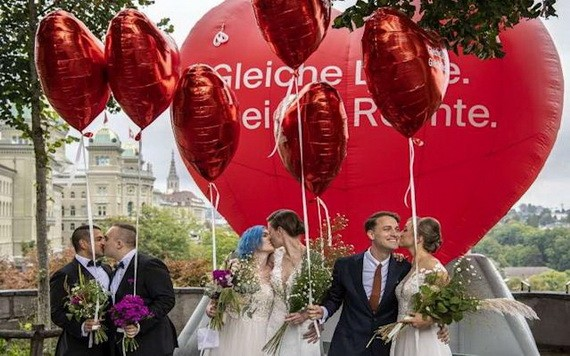 2021年9月26日,瑞士公投通過「同性婚姻合法化」。(圖源:AP)