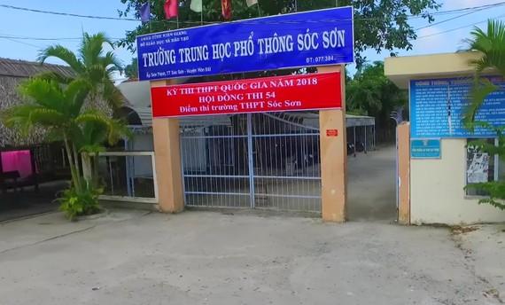 Trường THPT Sóc Sơn (Hòn Đất, Kiên Giang) nơi ông Chính công tác trước đó