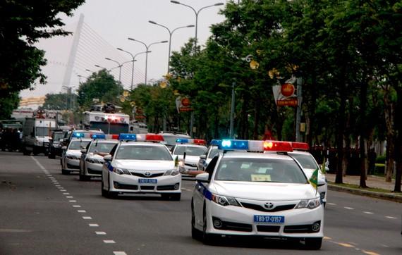 Nhiều loại phương tiện bị cấm lưu thông, đậu đỗ trên nhiều tuyến đường của TP Đà Nẵng để phục vụ APEC