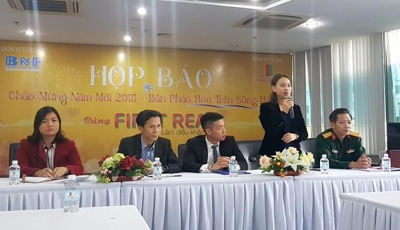 Bà Nguyễn Thị Hội An, Phó Giám đốc Sở VHTT Đà Nẵng trả lời báo chí