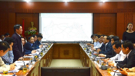 Bộ trưởng Bộ GTVT Nguyễn Văn Thể làm việc với tỉnh Quảng Nam