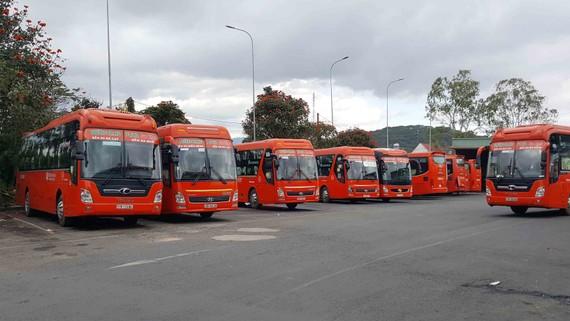 Từ 0 giờ ngày 30-5-2021, dừng toàn bộ các loại xe vận chuyển hành khách từ TPHCM vào tỉnh Lâm Đồng. Ảnh: ĐOÀN KIÊN