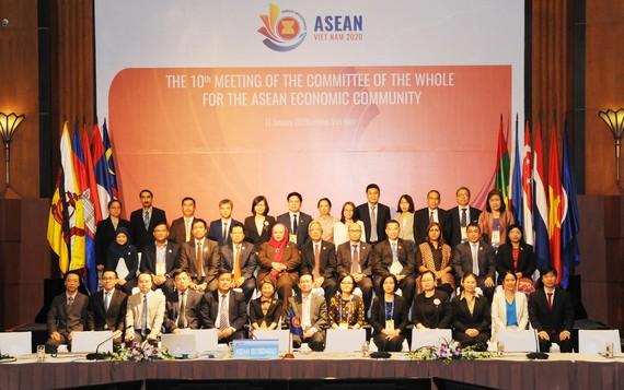 Các thành viên tham dự hội nghị quan trọng này. Ảnh do Bộ Công thương cung cấp