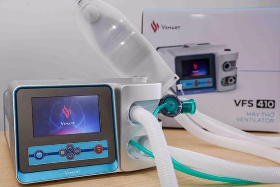 Sự linh hoạt của Vingroup trong việc sử dụng nền tảng công nghệ - công nghiệp để sản xuất máy thở được truyền thông quốc tế đánh giá cao