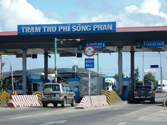 Trạm thu phí 319 Sông Phan tỉnh Bình Thuận.