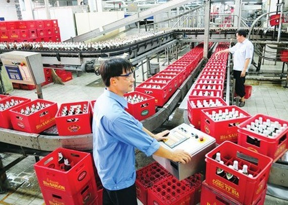 The Ministry of Industry and Trade has no policy of stamping beer products (Photo: SGGP)
