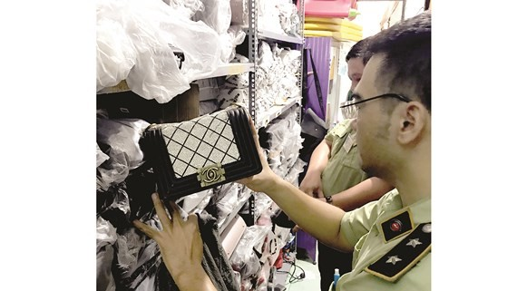 Thousands of fake fashion products seized in HCMC