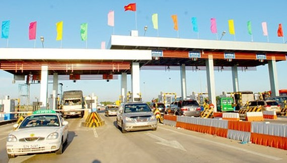 The tollbooth in HCMC-Trung Luong Expressway (Photo: SGGP)