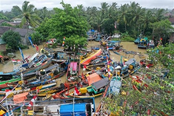 A devastated area in Teluk village of Pandeglang, Banten province of Indonesia, on December 25 after the tsunami disaster (Photo: Xinhua/VNA)