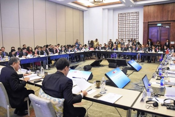 Finance ministers and central bank governors of ASEAN, China, Japan and the Republic of Korea meets in Fiji. (Photo: VNA)