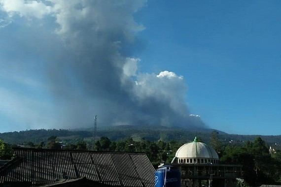 The disaster mitigation agency said the tourism spot had been closed and the alert status of the volcano was being evaluated. (Photo: BNPB Indonesia/Twitter)The disaster mitigation agency said the tourism spot had been closed and the alert status of the v