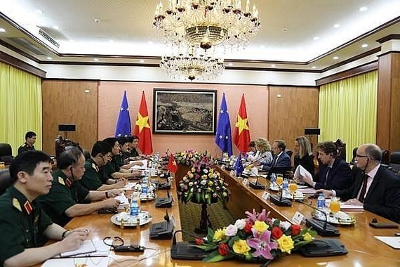 At the meeting (Source: mod.gov.vn)