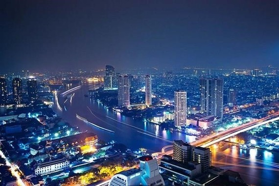 A view of Bangkok at night (Photo: bkkprep.ac.th)