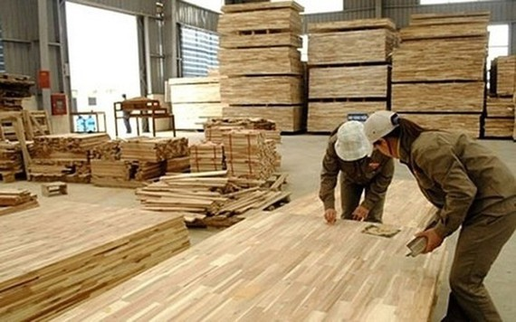 Wood and wooden product export turnover reaches $7.5 billion.