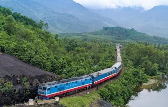 A train in Vietnam (Photo: VNA)