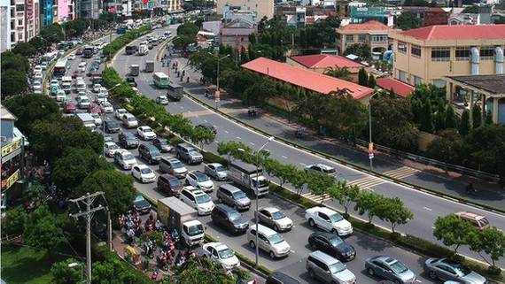 The number of vehicles in Vietnam has increased by 4-5 times in the past 10 years