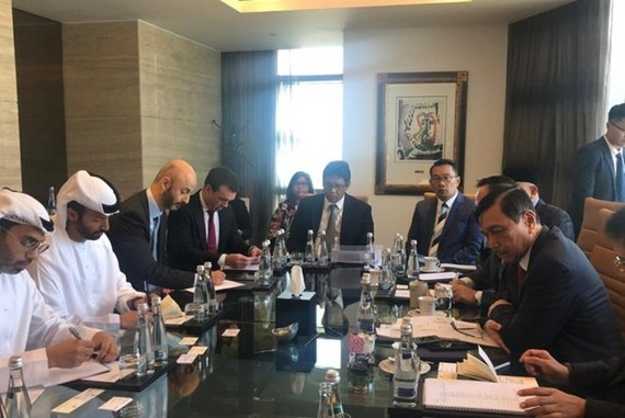 Indonesian Coordinating Minister of Maritime Affairs and Investment Luhut Binsar Pandjaitan attends a meeting with his counterpart in the United Arab Emirates (Source: Antara)