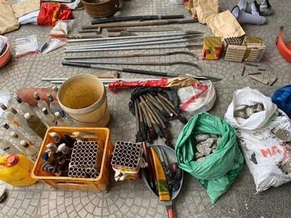 Weapons seized in the incident (Photo: VNA)