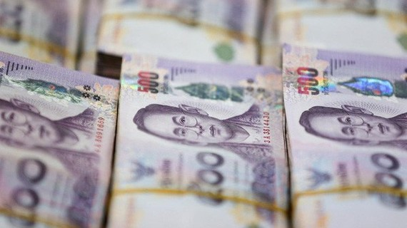 Thailand's baht depreciates to the lowest level in seven months on January 3. (Photo: Reuters)