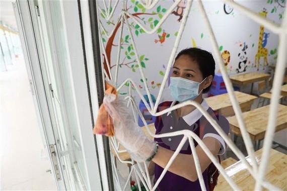 Hanoi cleans up schools to prevent COVID-19. Illustrative image (Photo: VNA)