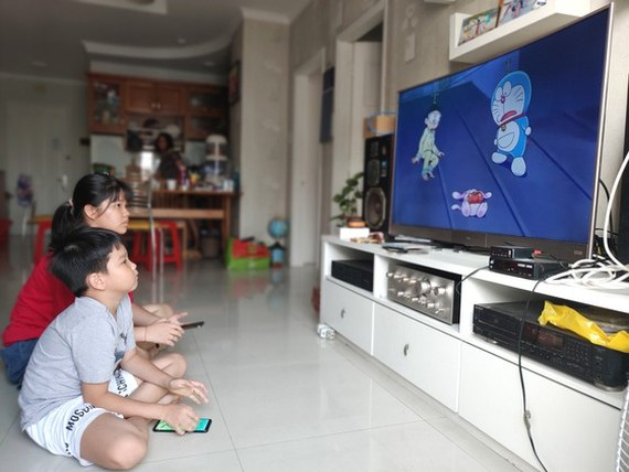 Grade school students are now preoccupied with cartoons