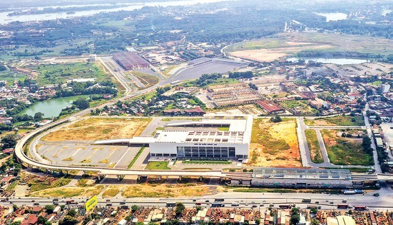 An aerial view of the last station of the first metro line Ben Thanh-Suoi Tien project in HCMC which will link up to the new Mien Dong (Eastern) Coach Station in District 9 (Photo: SGGP)
