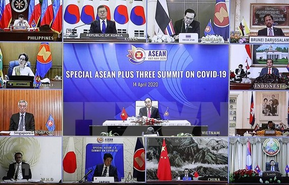 Prime Minister Nguyen Xuan Phuc chairs Special ASEAN Plus Three Summit on COVID-19. (Photo: VNA)