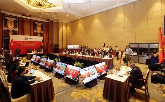 At the virtual Special ASEAN Economic Minister (AEM) Plus Three consultations on June 4 (Photo: VNA)
