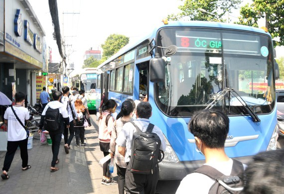 Citizens encouraged to take public transport to cut air pollution