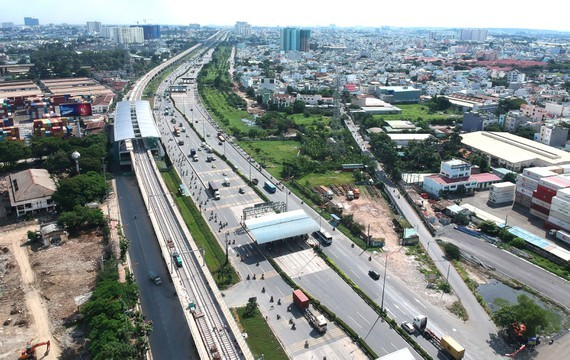 Metro Line 1 (from Ben Thanh to Suoi Tien) crossing Thu Duc District