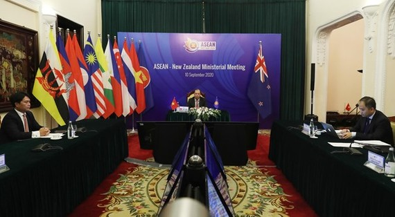 The ASEAN-New Zealand Ministerial Meeting was held online within the framework of the 53rd ASEAN Ministerial Meeting (AMM-53) and related meetings. (Photo: VNA)