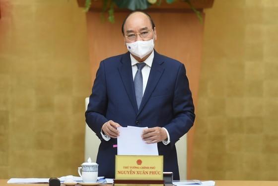 Prime Minister Nguyen Xuan Phuc at the meeting (Photo: SGGP)