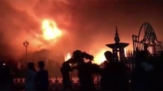 Nhà thờ Trung Lao ở Nam Định bị thiêu rụi trong đêm