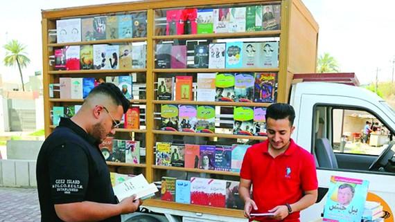 Al-Moussawi và hiệu sách di động