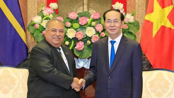 Chủ tịch nước Trần Đại Quang tiếp Tổng thống Cộng hòa Nauru. Ảnh: Nhan Sáng/TTXVN