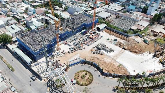 Dự án Sunshine City Sài Gòn tại quận 7.  Ảnh: THÀNH TRÍ