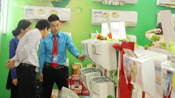 Sản phẩm giải nhiệt vào mùa kinh doanh sôi động nhất trong năm