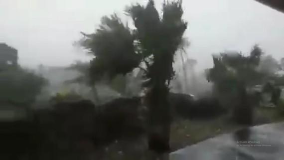 Siêu bão Dorian hoành hành Bahamas, ít nhất 5 người chết