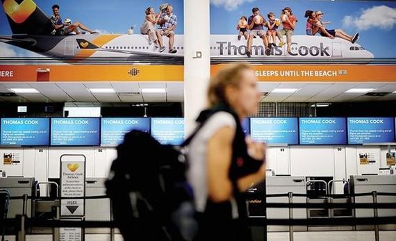 Đơn xin phá sản ngày 23/9 của Thomas Cook đã khiến gần 600.000 khách hàng của doanh nghiệp này bị mắc kẹt ở nhiều nơi trên thế giới. Ảnh: AFP