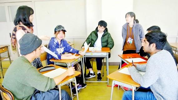 Một lớp học hỗ trợ du học sinh tại Trường Sagami Koyokan