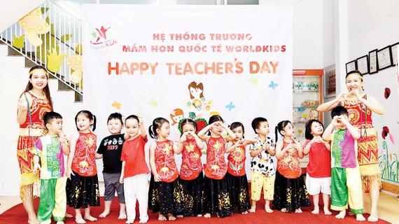 Một số hoạt động tri ân thầy cô giáo nhân dịp 20-11 của các em học sinh Worldkids