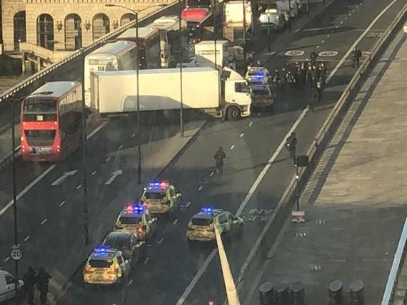 Hiện trường vụ việc tại Cầu London.