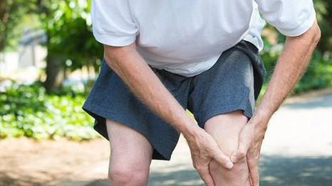 Người cao tuổi có nhiều nguy cơ  mắc bệnh thoái hóa khớp