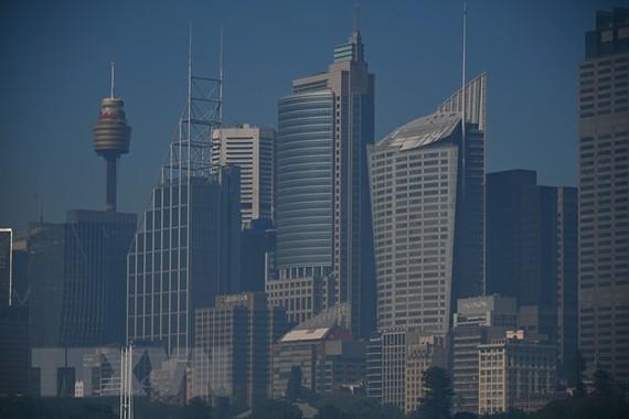 Khói mù bao phủ Sydney. Ảnh: AFP/TTXVN
