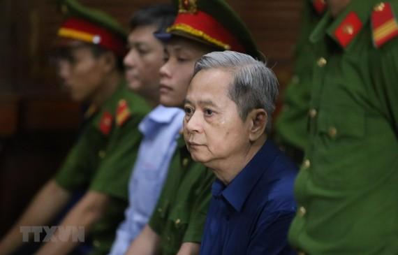Bị cáo Nguyễn Hữu Tín, nguyên Phó Chủ tịch UBND Thành phố Hồ Chí Minh. Ảnh: TTXVN