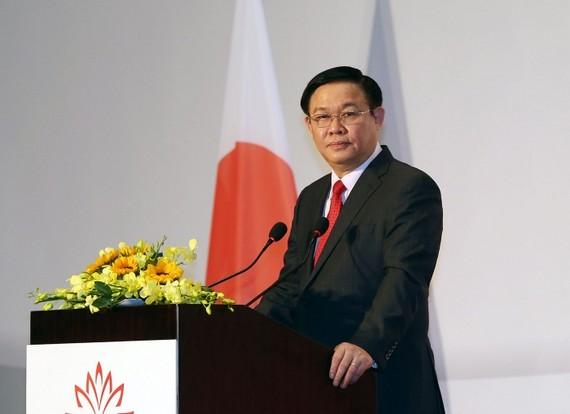 Phó Thủ tướng Vương Đình Huệ phát biểu tại lễ khai mạc các hội thảo, diễn đàn kinh tế, du lịch, lao động Nhật Bản-Việt Nam. Ảnh: VGP